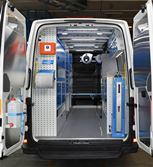 01_A Crafter with Syncro Ultra racking