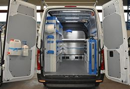 01_A Sprinter with Syncro Ultra racking