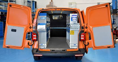 01_A Transporter with Syncro Ultra van racking