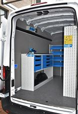 02_A workbench and Syncro Ultra racking in the Transit